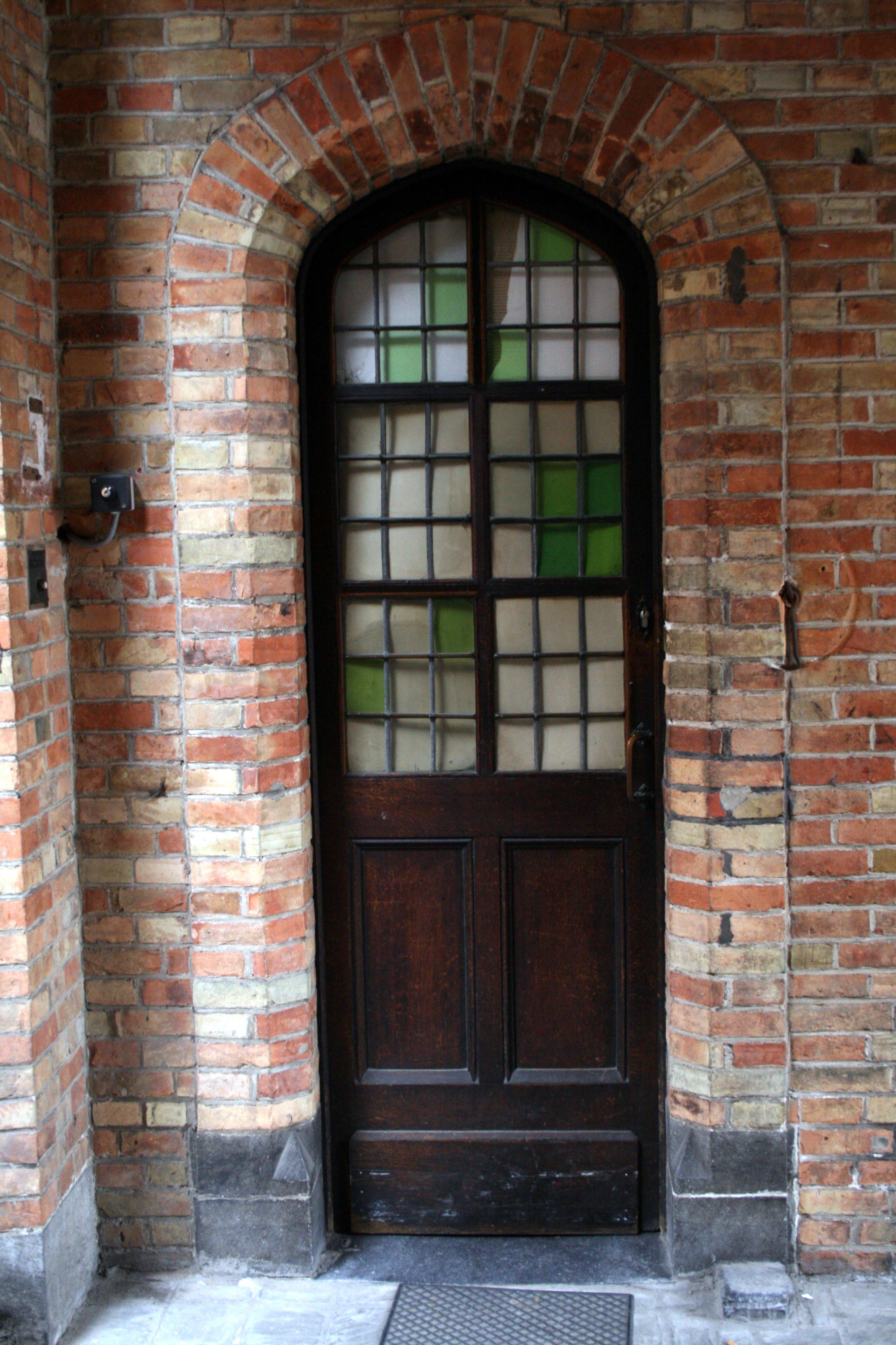 Foto di mo porta e porta finestra su photoclodo for Porta e finestra insieme